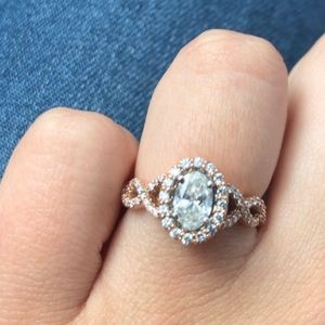 Custom engagement ring size 7
